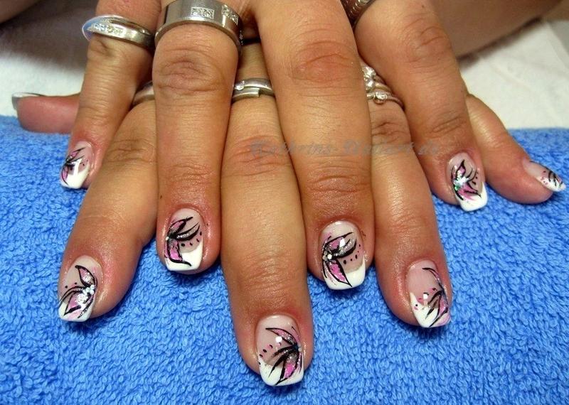 nails010